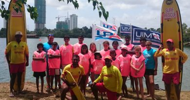 Oban Duncan assists the Lanka Powerboat Association with their inaugural training programme