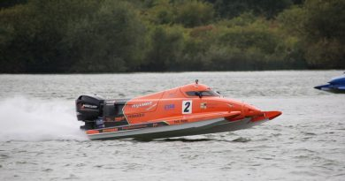 Österberg takes late Stewartby UIM F2 European pole