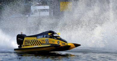 International circuit racing returns to Stewartby
